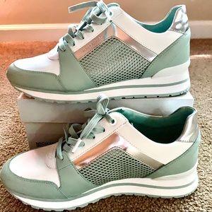 MICHAEL KORS Billie Trainer Sneakers NWT